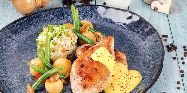 Chicken With Saffron Gravy - دجاج مع مرق الزعفران
