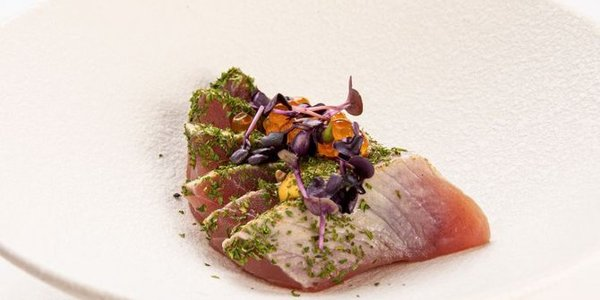 S12. Tataki Tuna