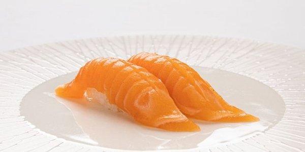 N1. Nigiri Sake (salmone)