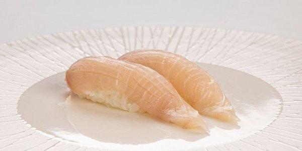 N6. Nigiri Kanpachi (ricciola)