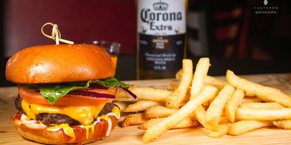 Cheeseburger + Side