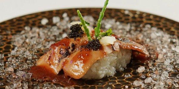 K1. Nigiri foie gras