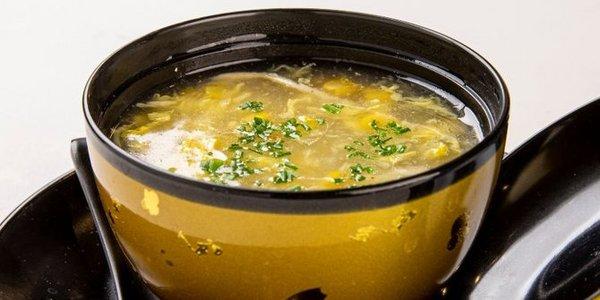 21. Zuppa di mais con pollo