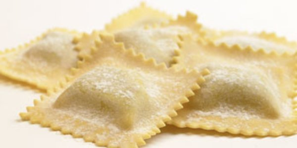Ravioles Gorgonzola, nueces y speck
