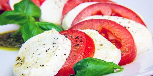 Caprese (mozzarella e pomodori)