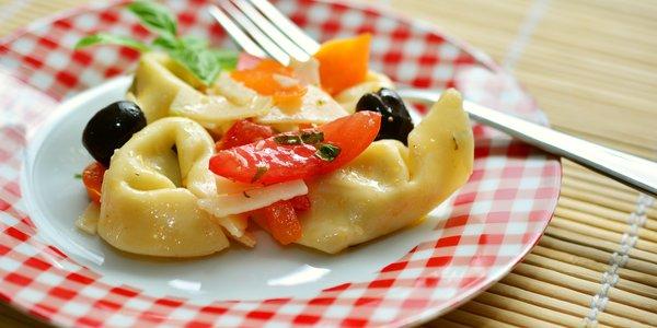 Tortelloni alla zucca pomodori e olive