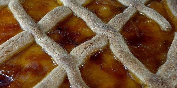 Crostata con burro d'alpe e le nostre marmellate