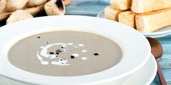 wild mushrooms soup - شوربة الفطر البري