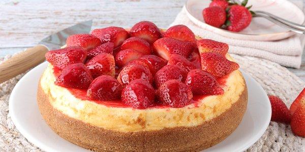 Lady Strawberry Cake - ليدي ستروبيري كيك
