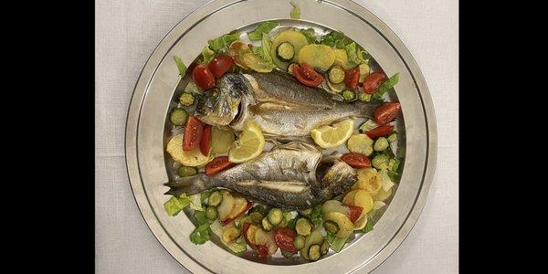 Orata al forno con Patate e Verdurine