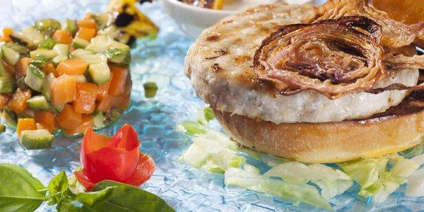 Hamburger di Spigola di Orbetello con Verdurine